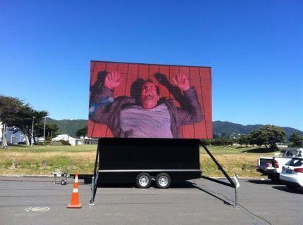 Big Screen Trailer Hydraulic folding